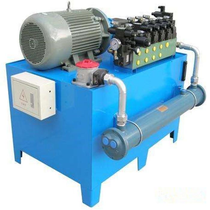 蓄能器液压站